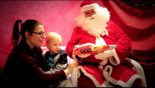 J'ai plein de cadeaux pour Aaron... et les autres enfants !